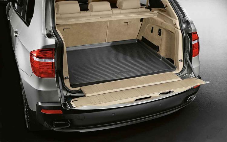 tapis de coffre sur mesure pour bmw x5 e70 dans accessoires d 39 origine bmw accessoires. Black Bedroom Furniture Sets. Home Design Ideas