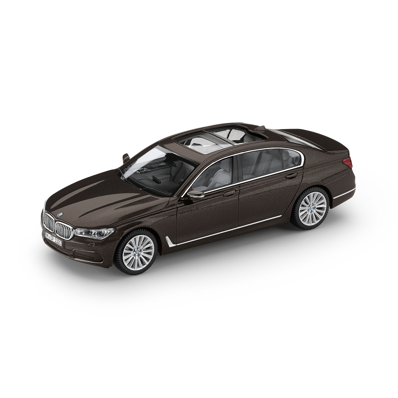 bmw s rie 7 limousine g12 dans bmw lifestyle. Black Bedroom Furniture Sets. Home Design Ideas